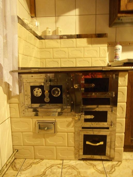 Kuchnia w rogu z kafli barok ekri
