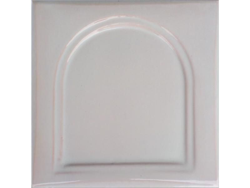 kafle biale kapliczka