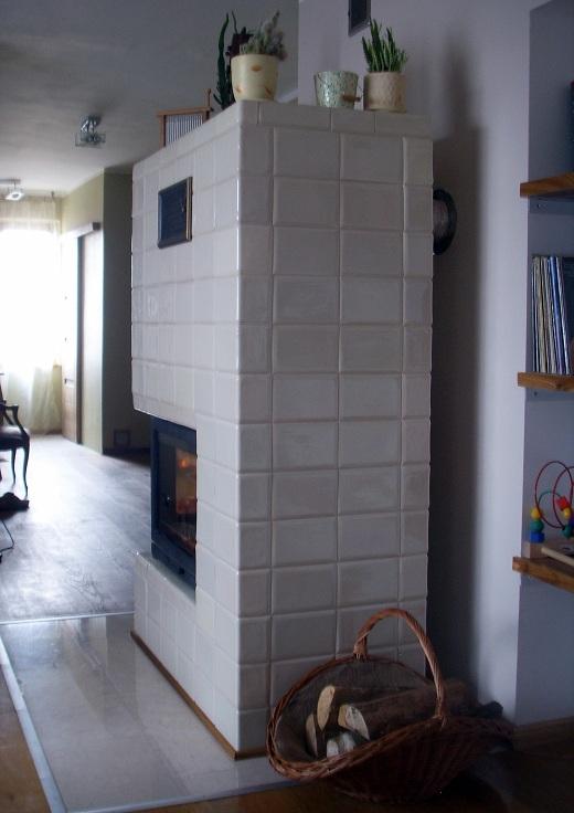Pieco-kominek z kafli kwadrateli ekri 3